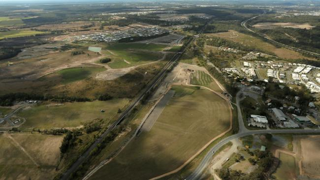 pimpama-city-shopping-centre-by-bloor-homes-property-management